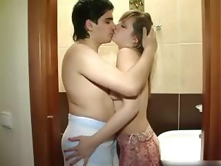 New couple fucking in the bathroom