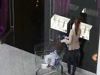 Real amateur sweetie fucked in the mall