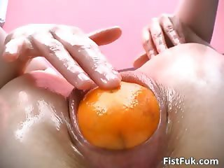 Horny slut with gaping pussy stuffs part5