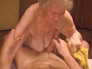 Granny Cumshot 04