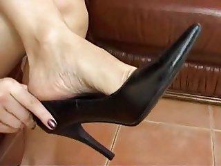 Cum in high heels shoe