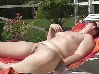 Nice sunshine masturbation