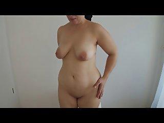 Tit shake fingering fat pussy
