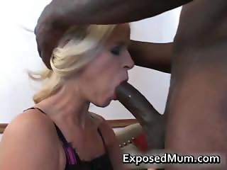 Amateur housewife slamming on a enormous part1