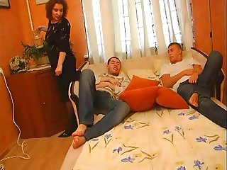 Chubby Mature Woman Fucking with 2 guys pt1