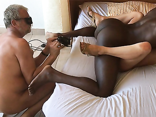 Cuckold likes to make a video of his wife getting nailed by BBC